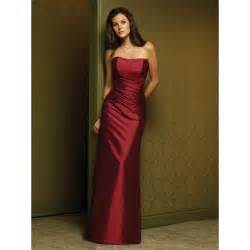 bridesmaid dresses in burgundy sheath strapless ruched taffeta burgundy bridesmaid dress