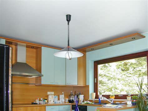luminaire plafond cuisine luminaire plafond cuisine moderne led plafonniers blanc chaud conception cuisine les lara