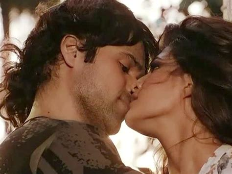 kiss for actress actresses who kissed emraan hashmi on screen filmibeat