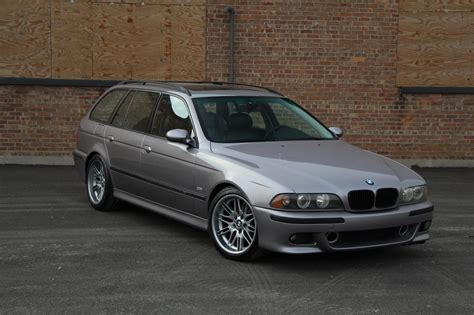 M5 Wagon bmw never made an m5 e39 touring so this did it for