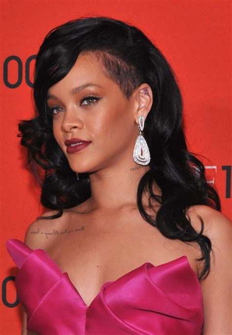 rihanna long hairstyles black wavy hairstyle  bangs