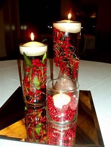 Deko Zweige Rote Beeren : dekorative gl ser mit roten beeren und schwimmenden kerzen deko pinterest rote beeren ~ Sanjose-hotels-ca.com Haus und Dekorationen