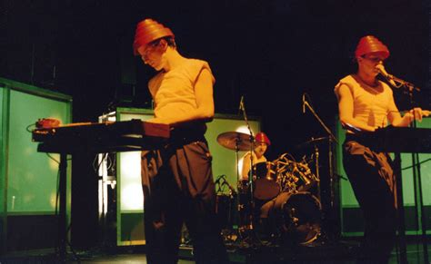 Devo Live Guide - 12/20/82 - Redding Civic Auditorium ...