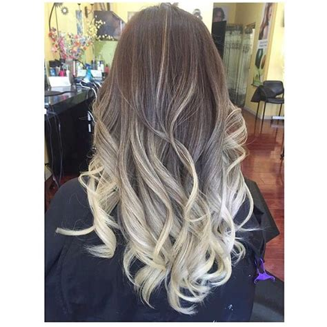 Ash Blonde Ombre Hair Hairstyles In 2019 Balayage Hair