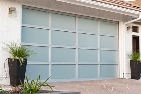 wayne dalton     clear anodized white laminate glass garage door los angeles ca