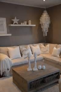 Graue Wand Wohnzimmer : die besten 17 ideen zu graue wohnzimmer auf pinterest wohnzimmer marokkanische wohnzimmer und ~ Indierocktalk.com Haus und Dekorationen