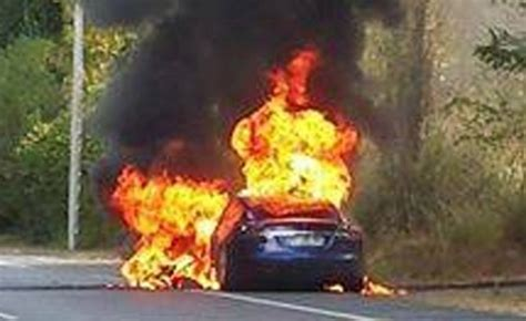 tesla model  catches fire  test drive  france
