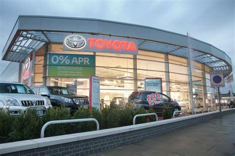 biggest problems  car dealers revealed auto express