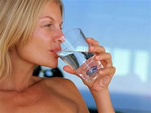 15 Signs That You Need To Drink More Water