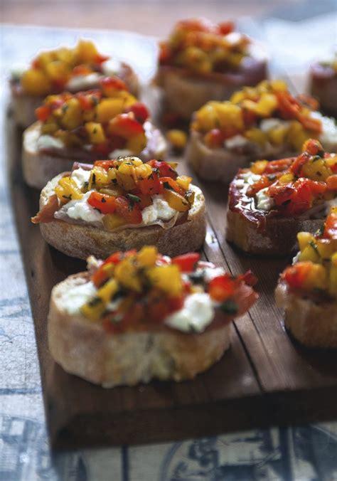 bruschetta aux poivrons grilles chevre prosciutto
