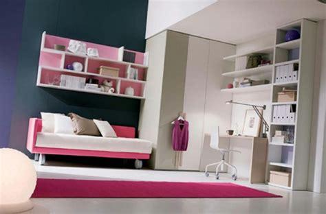 canapé chambre fille la déco chambre ado fille esthétique et amusante