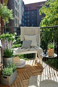 Balkon Bank Ikea : 1001 ideen zum thema stilvollen kleinen balkon gestalten ~ Frokenaadalensverden.com Haus und Dekorationen