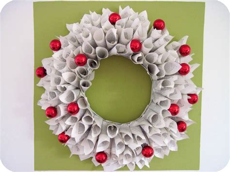 20 Fun To Make Easy Christmas Paper Crafts With Your Kids Sci Fi Home Decor Interactive Decorating Disney Classic Ideas Southern Living Catalog I Need Help My Art Paintings To Decorate