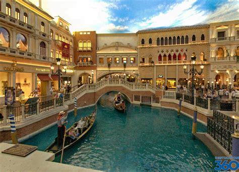 Venetian Las Vegas Canal - Grand Canal at the Venetian