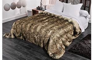 Plaid Fausse Fourrure Pas Cher : couvre lit et plaid fausse fourrure grizzly ebay ~ Teatrodelosmanantiales.com Idées de Décoration