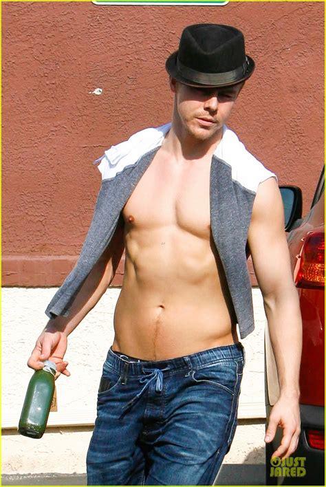 derek houghs shirtless sexy body   reason
