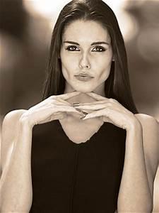 Model Mayhem posing guide: Facial expression | Model ...