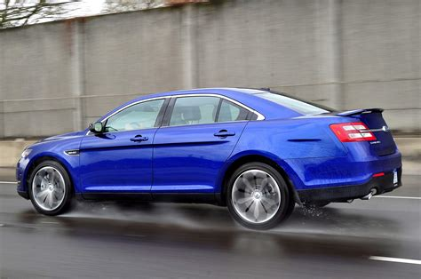 drive  ford taurus sho performance package