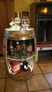 Whisky Bar Für Zuhause : die besten 25 fass ideen auf pinterest lfass design fassm bel und outdoor gartenwaschbecken ~ Bigdaddyawards.com Haus und Dekorationen