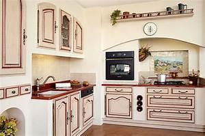 cuisine equipee classique cuisines traditionnelles With modele de cuisine ancienne