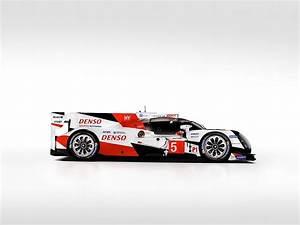 Aramis Auto Le Mans : toyota ts050 hybrid lmp1 prototype enters the 2016 world endurance championship autoevolution ~ Gottalentnigeria.com Avis de Voitures