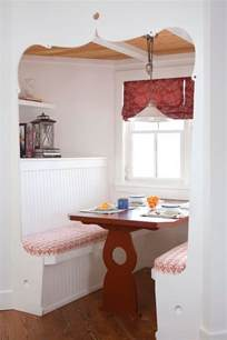 how to arrange an adorable breakfast nook in the kitchen