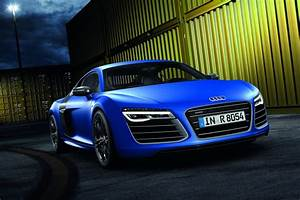 Audi Releases Uk Pricing For 2013 R8 Coupe And Spyder