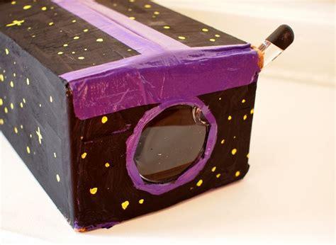 diy cardboard ipod projector pink stripey socks