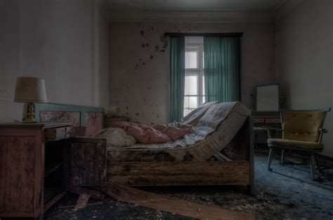 wallpaper window room abandoned wood couch house