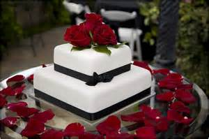wedding flowers auckland delicious square wedding cakes with roses ideas