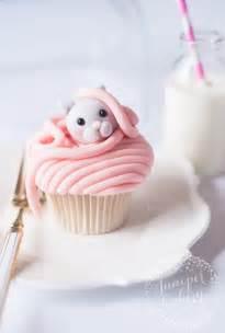 kitty cat cupcakes cat cupcakes fondant topper tutorial