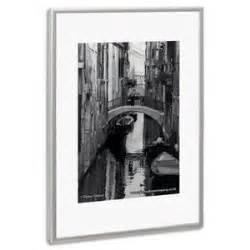 Cadre 60 X 80 : photo album company cadre photo contour alu plaque transparente incassable format 60 x 80 cm ~ Teatrodelosmanantiales.com Idées de Décoration
