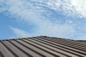 Bac Acier Isolé Prix : prix d 39 une toiture en bac acier ce qu 39 il faut savoir ~ Dailycaller-alerts.com Idées de Décoration