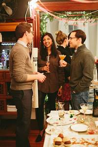 5 Rules for Hosting a Holiday Party in a Small Apartment ...