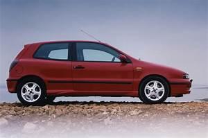 Fiat Brive : fiat bravo hatchback 1995 2002 photos parkers ~ Gottalentnigeria.com Avis de Voitures
