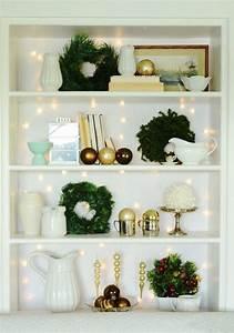 Natural, Wreath, For, Christmas, Bookcase, 2013, Christmas, Wreath, Decor, Ideas, 2013, Christmas