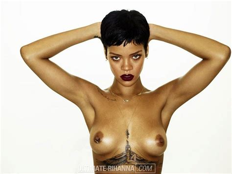 Rihanna Topless For 'unapologetic Album — Perfect Pierced