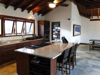 kitchen island with stove and seating 17 best images about island cooktop on maple