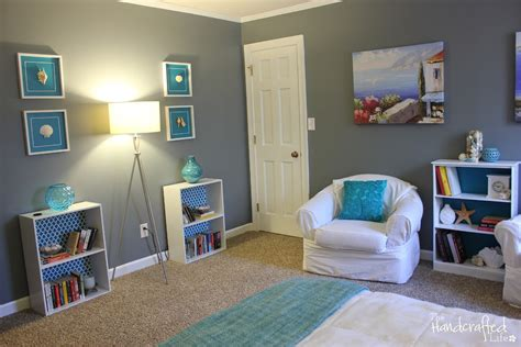 Teal, White And Grey Guest Bedroom