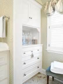 Bathroom Linen Cabinets Built In
