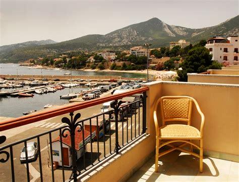 Il Nuovo Gabbiano by Hotel Il Nuovo Gabbiano Cala Gonone Sardinia Book
