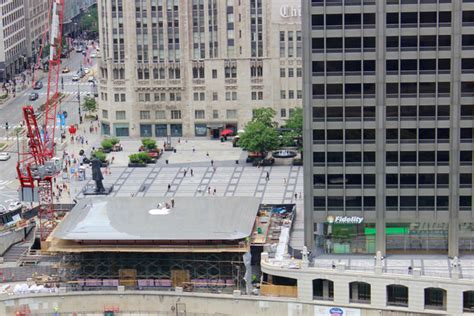 chicago s new apple store looks like a laptop downtown chicago dnainfo