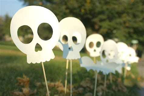 Scary Diy Halloween Decorations And Crafts Ideas