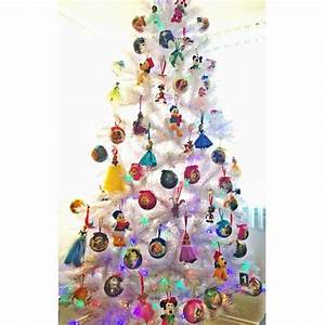 Disney Christmas Tree Ideas | POPSUGAR Moms Photo 14