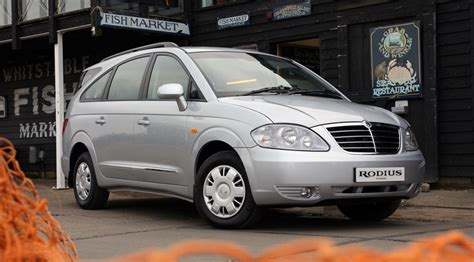 Ssangyong Rodius 270 S (2008) Review By Car Magazine