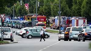 B Und B Italia München : amoklauf in m nchen viele tote und verletzte nach sch ssen n ~ Markanthonyermac.com Haus und Dekorationen
