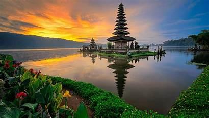 Bali Temple Indonesia Pura Danu Bratan Ulun