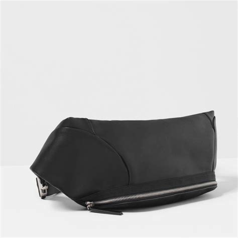 sac banane vintage 17 best images about chic pack on bags pack and zara