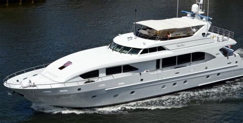 Boat Show Boca Raton by Mansions And Mega Yachts In Boca Raton And Highland Beach