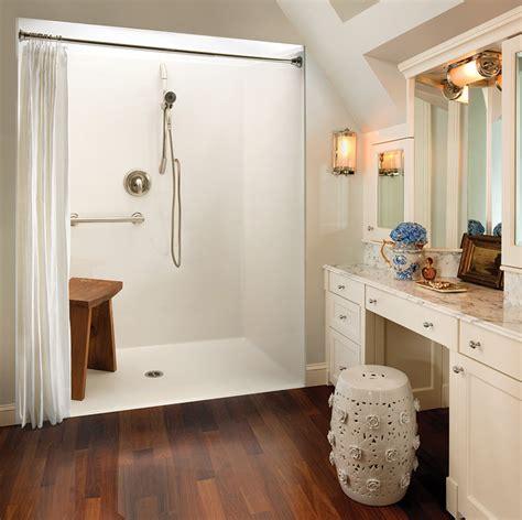 traditional design  design center aquatic bath